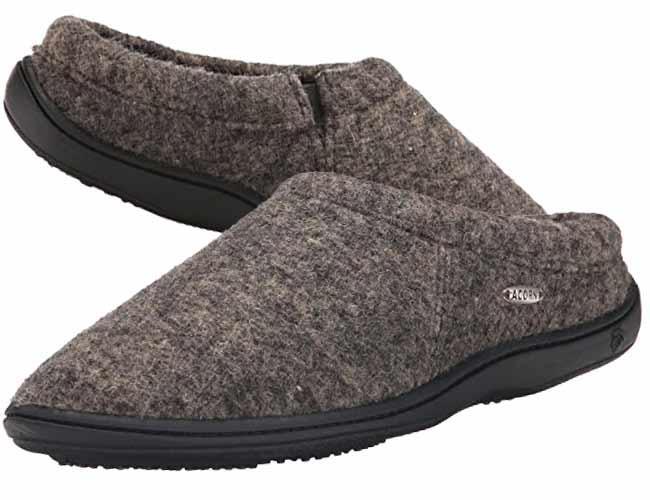 Best Slippers for Sweaty or Smelly Feet