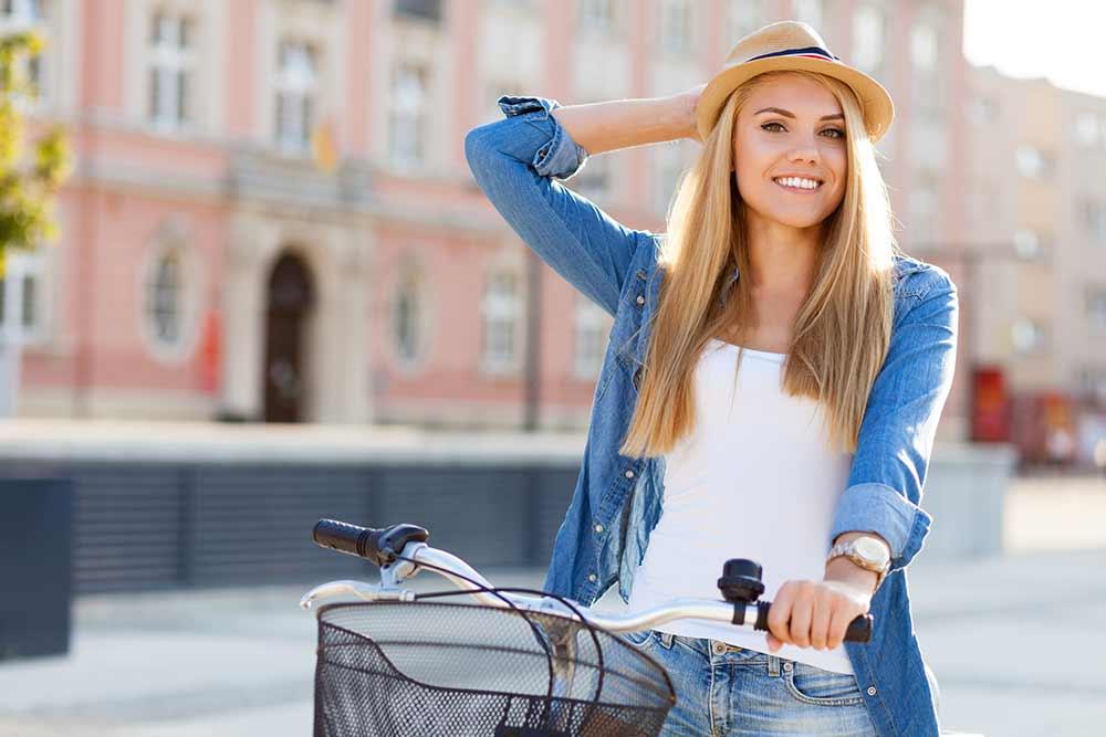 smiling-girl-exercising
